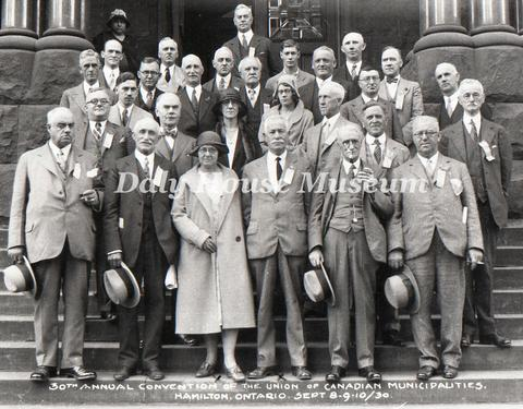 Open original digital objects
