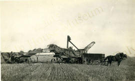 Otto Lau's Threshing Machine about 1910