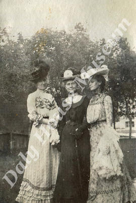 Mary Trotter with Mrs. Brock & Daughter