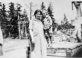 Mrs. Sam Simkin & Abe Simkin at Pine Ridge 1