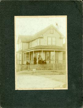Michael and Sarah Udow's home, 82 Lorne St. 1