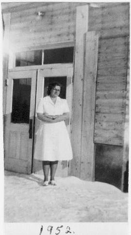 685:12 Mary Neufeld possibly at Rosthern Bible School in 1952